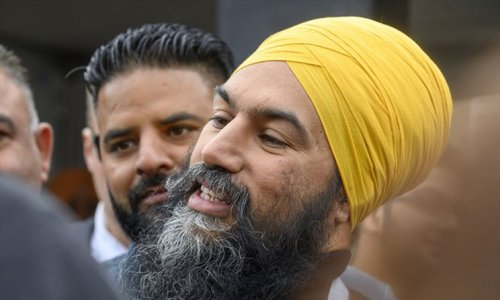 NDP leader Jagmeet Singh, MPPs say lack of vaccines for Brampton 'clear systemic discrimination'