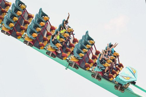 Viral videos show amusement park rides at Canada's Wonderland suspended in mid-air