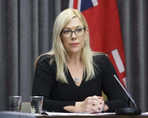 Removal of minister who was critical of premier called 'administrative error'