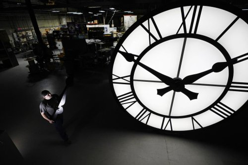 Alberta says 'no' to permanent daylight-saving time, putting it out of step with other provinces