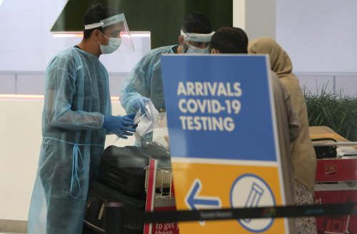 Premier Doug Ford wants Ottawa to clamp down on exemptions for unvaccinated travellers
