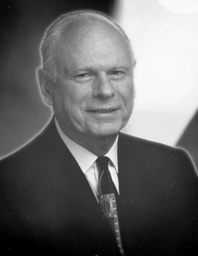 Obituary: Paul Hellyer went from Waterford-area farm to top of Canadian politics