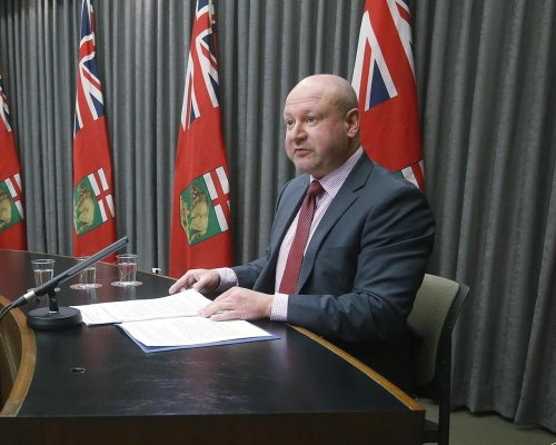Daily case count continues to drop in Manitoba's battle with COVID-19
