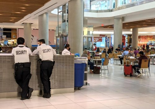 Who's going to police the food courts to make sure customers are vaccinated? Restaurants say 'not us,' while some malls hire security