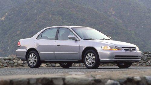 Driver dies after air bag inflator bursts during crash in South Carolina, Honda says