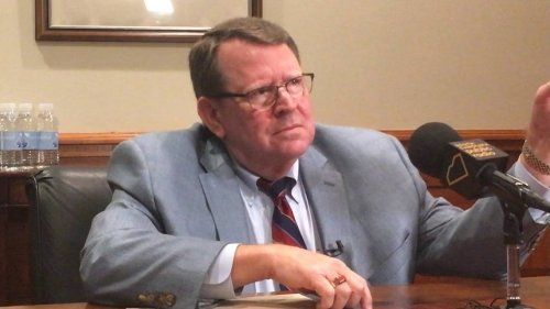 Santee Cooper board approves $402K in performance pay for two top executives