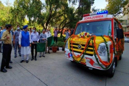 Two Delhi hospitals get 5 high-tech ambulances - The Statesman