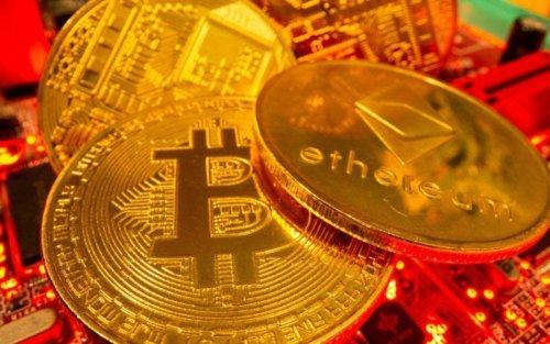 Marathon Digital and Other Crypto Stocks Follow Bitcoin Lower