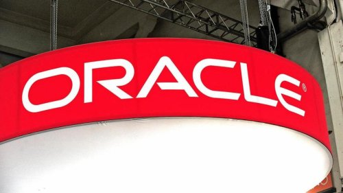 Oracle Drops as Analysts Express Concern About Valuation