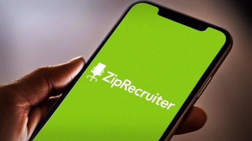 ZipRecruiter Rises; Analysts See AI Streamlining Hiring Process
