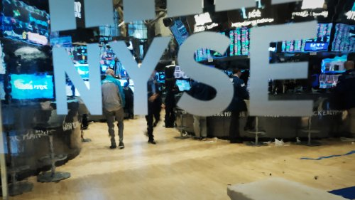 Dow Futures Tumble As Tech Earnings Underwhelm, Pandemic Cases Surge