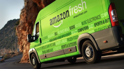 Amazon To Hire 75,000, With Signing Bonus, As Worker Race Intensifies