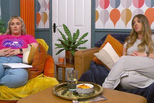 Gogglebox's Ellie & Izzi Warner distract fans with change - but did you notice?