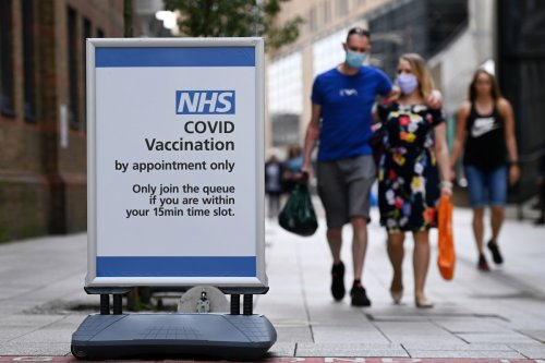 UK Covid daily cases drop for fifth day in a row as 21,691 are recorded