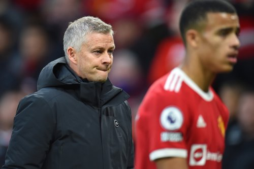 Man Utd stars 'bemused' by selection with confusion over van de Beek and Lingard