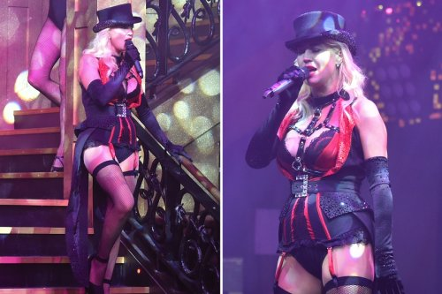 Denise Van Outen stuns in stockings and suspenders for risque cabaret performance