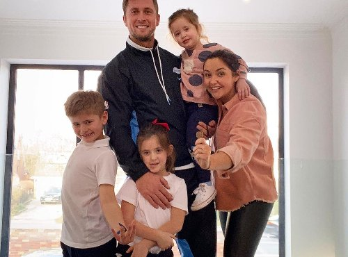 Jacqueline Jossa reveals first look at renovated open plan kitchen with huge TV
