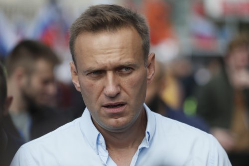 Kremlin critic Navalny in 'critical' condition as tensions over Ukraine grow