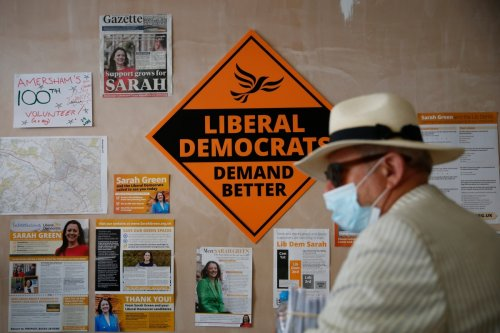 Tories battle to hold off Lib Dem surge in leafy Bucks seat in by-election