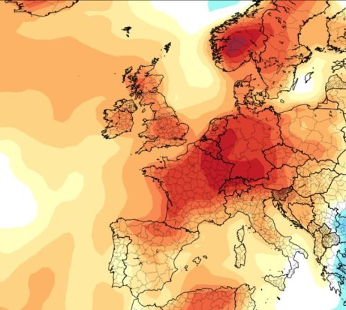 Temperatures to rocket to 25C as 500-mile wide heat plume engulfs Britain