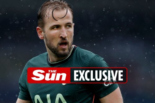 Kane ready to ask Spurs to listen to offers this summer as Utd line up £90m bid