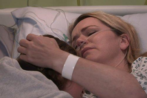 Corrie fans in tears at Natasha Blakeman's goodbye to son Sam as she dies