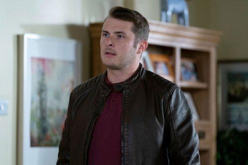 EastEnders reveals heartbreaking death in iPlayer episode shocker