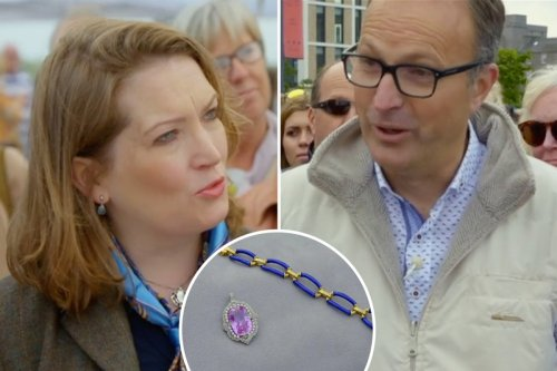 Antiques Roadshow guest stunned to find out HUGE value of his aunt's jewellery