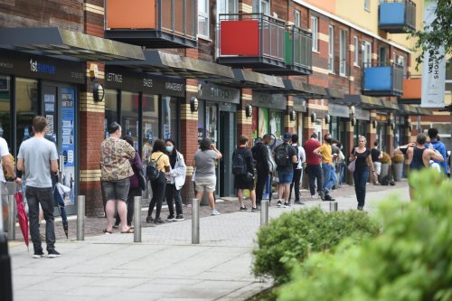 Massive queues hit walk-in clinics as young Londoners rush to get Covid jabs