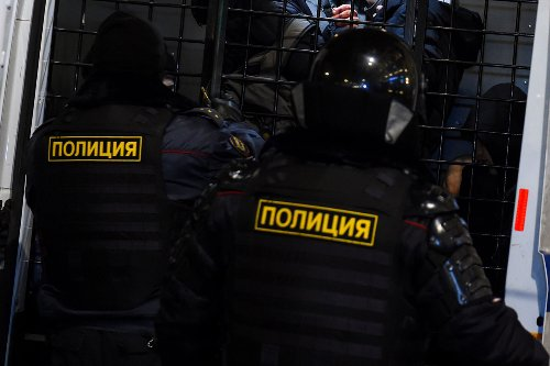 Russia detains Ukraine's consulate general for 'spying' as Putin risks war