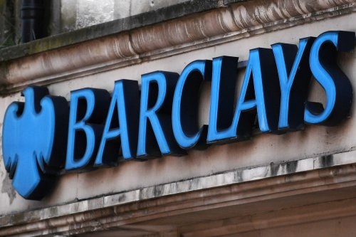 Why is Barclays closing Pingit and when does it shut down