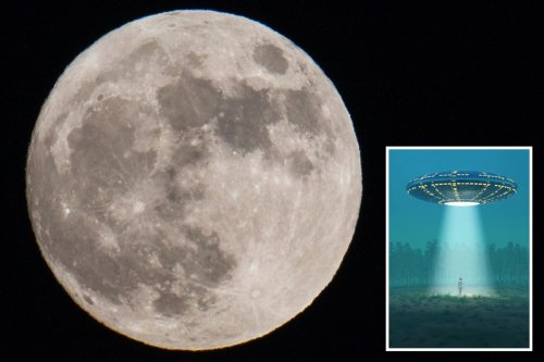 Hunt for aliens should involve searching Moon for artefacts, scientist claims