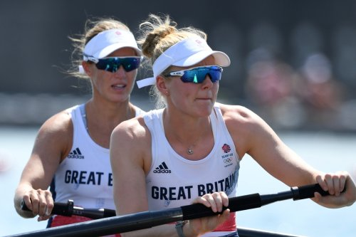 Mum-of-3 Helen Glover on course for Olympic medal to complete amazing comeback