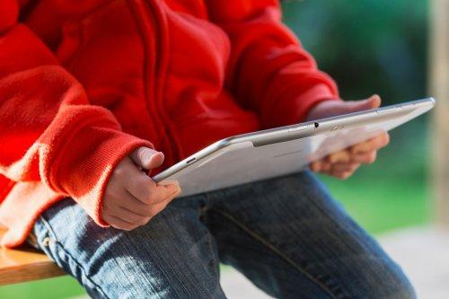 Perverts groom at least 24 kids a WEEK on Facebook-owned sites
