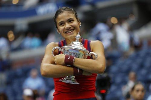 Emma Raducanu says 'I still can't get a court!' as kids turn to tennis