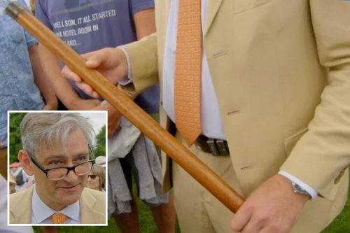 """Antiques Roadshow shock as expert values """"historical"""" cricket stump at £10,000"""