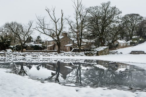 Mercury to drop below ZERO with snow to fall in days as Arctic air hits