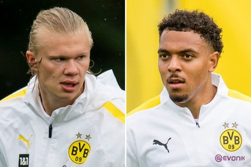 Chelsea target Haaland hints he's staying at Dortmund after Malen's arrival