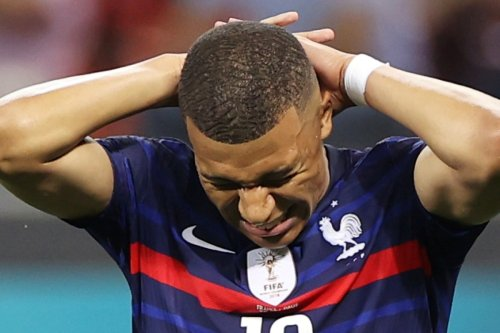 'Immensely sad' Mbappe apologises to France fans for Switzerland penalty miss