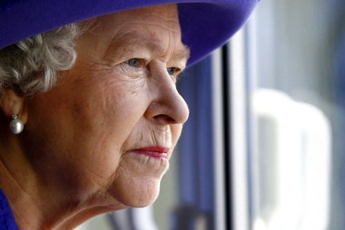 Queen has only ever fully trusted 3 people - and now they are all dead