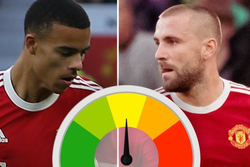 Shaw put in horror show & Greenwood was brightest spark before being taken off