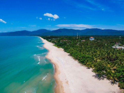 The best places to live by the beach in Thailand