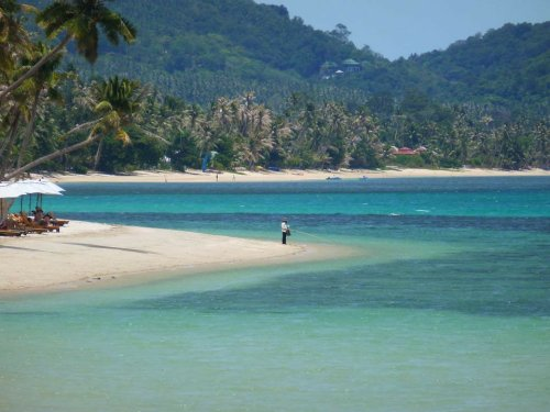 Thailand's Gulf islands not immune to 3rd wave as infections rise