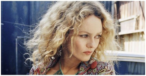 What Johnny Depp's Ex-Wife Vanessa Paradis Really Thinks About Her Crazy Teeth