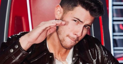 Nick Jonas Jokingly Messes With Fellow 'The Voice' Coaches With BTS Look
