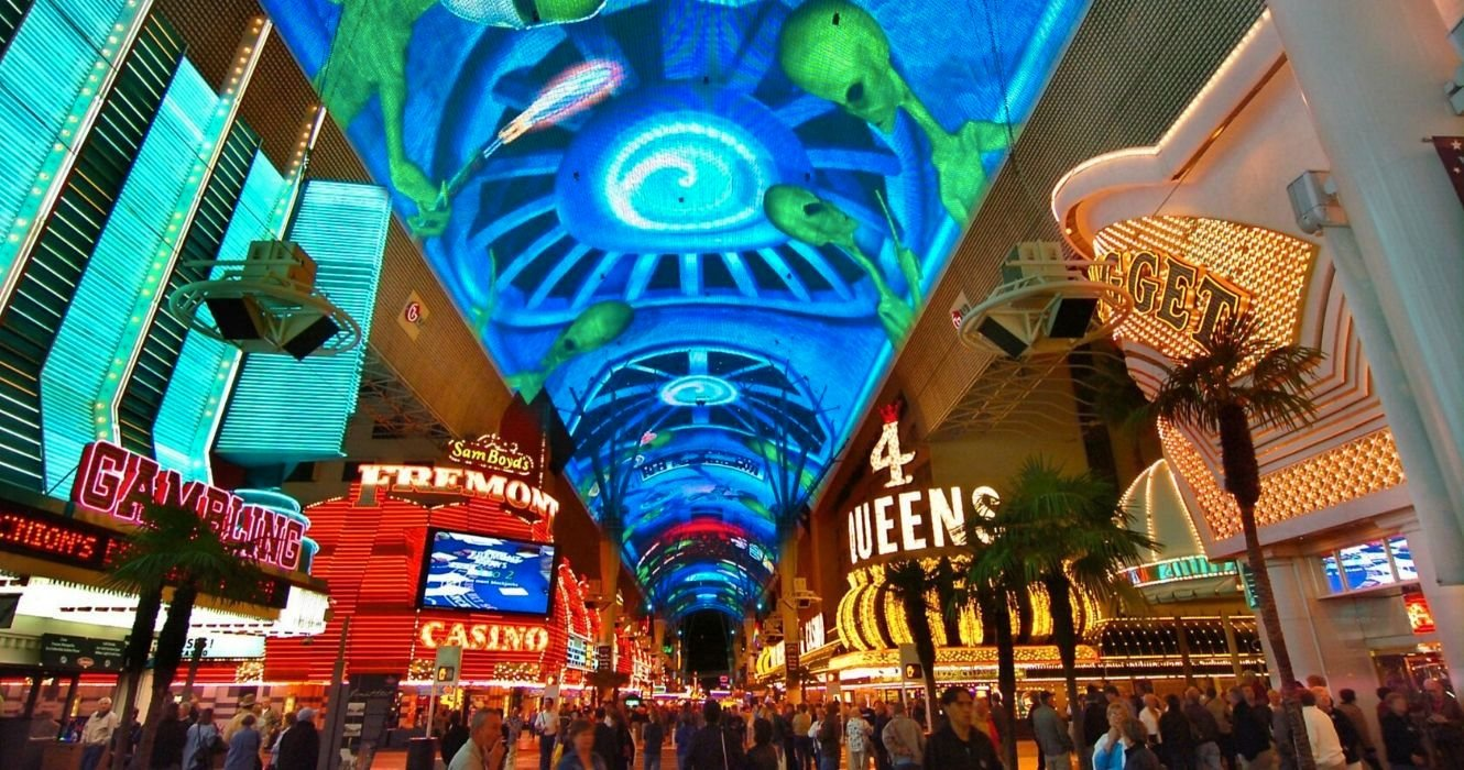We've Put Together The Perfect Plan For Seeing Las Vegas' Freemont Street