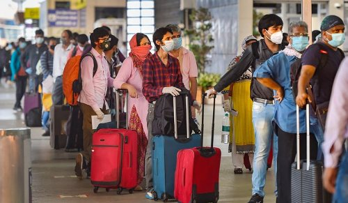 '50% Indians plan to travel in Apr-Jun; containing COVID will be difficult if a quarter do so'