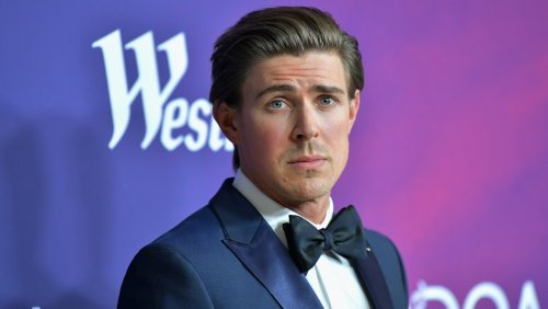 Hulu's Hilary Duff-Led 'How I Met Your Father' Adds Chris Lowell