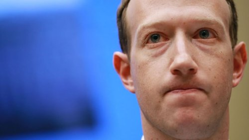 Mark Zuckerberg Denies 'Secret' Deal to Bar Fact-Checking Trump on Facebook to Avoid Government Regulations