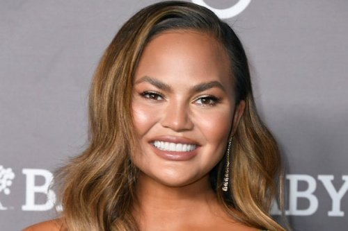 Chrissy Teigen Unquits Twitter After 23 Days: 'It Feels Terrible to Silence Yourself'
